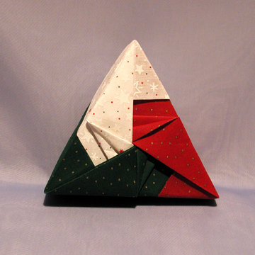 Triangle - Arrows, Dots on Red, Green, and White Stars
