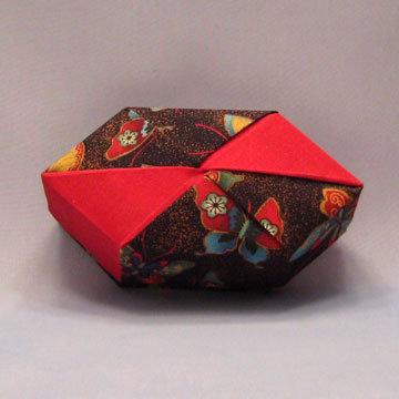 Polygon - Bow Tie, Gold Dust Butterflies
