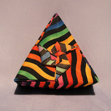 Triangle - Pinwheel, Color Striations