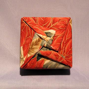 Square - Double Pinwheel, Red Pointsettias