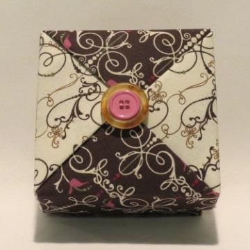 Square - Button, White and Dark Chocolate