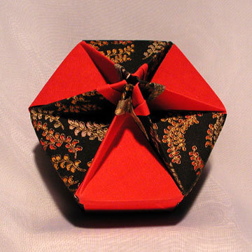 Hexagon - Knob, Red and Golden Leaves on Black