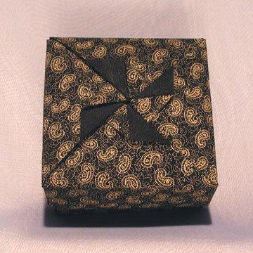 Square - Little Pinwheel, Gold Paisleys on Black