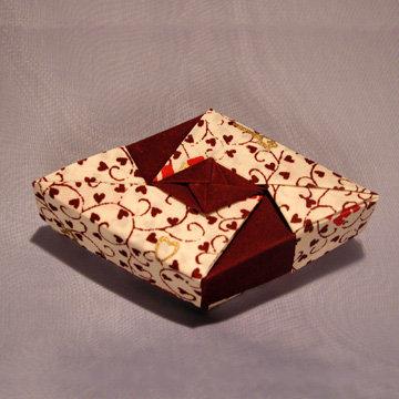 Rhombus - Diamond, Burgundy Hearts