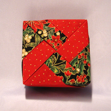 Square - Windmill, Holiday Flowers and Dots Red