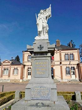 Monument aux morts9.jpg