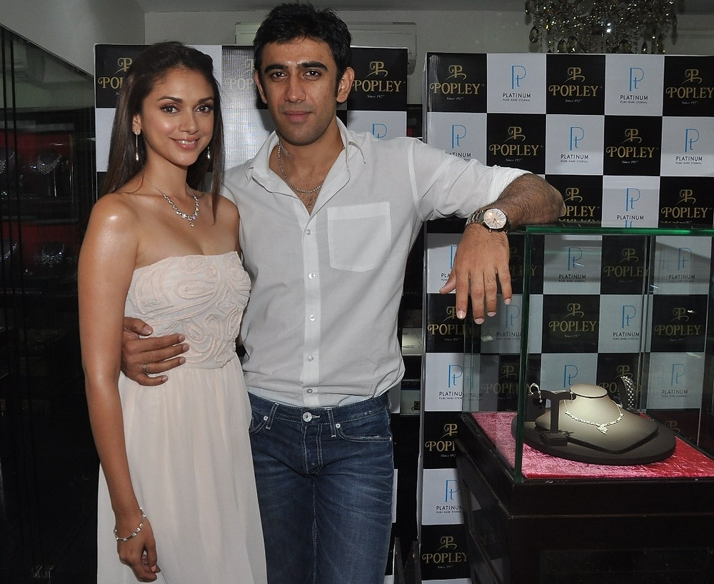 Aditi Rao Hydari and Amit Sadh unveil Popley's Platinum Jewellery range for the season