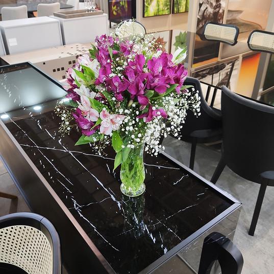 Arranjo Flores Roxa
