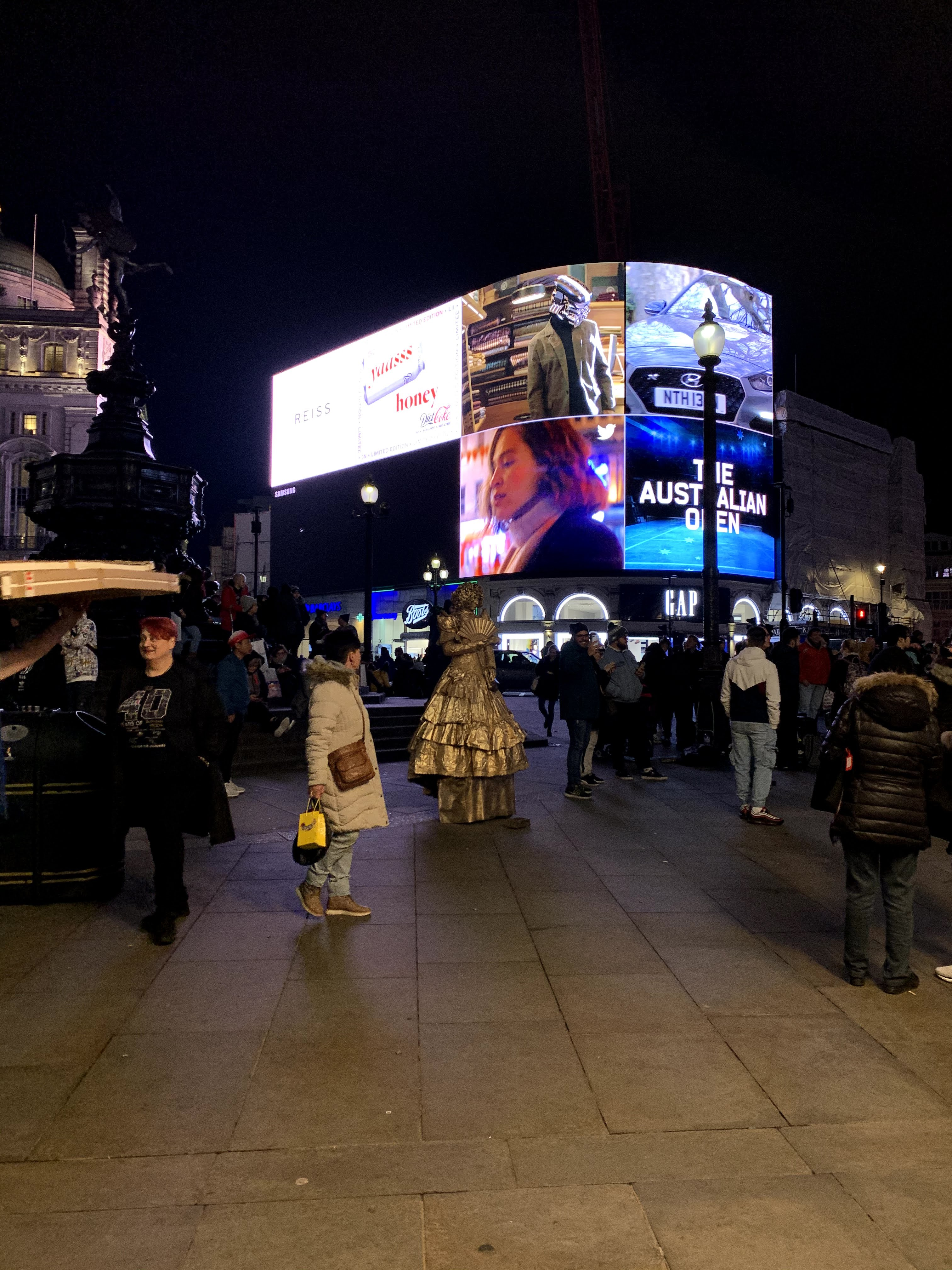Piccadilly Circus - Roteiro Londres