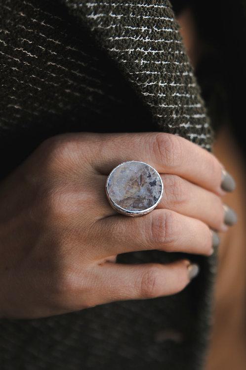 Ring wih moonstone // silver 925
