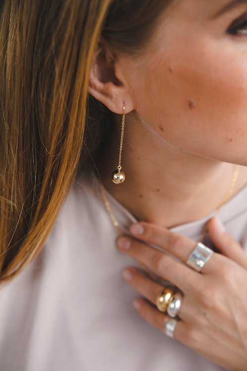 Chain earrings with a bead // gold plated