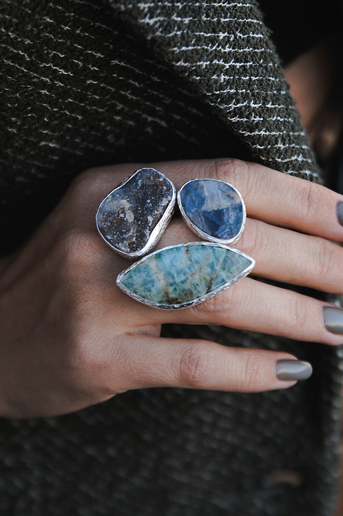 Ring with apatite, chalcedony and moonstone // silver 925