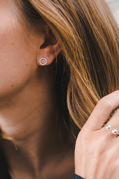 Stud arrings - dotted circles // silver 925