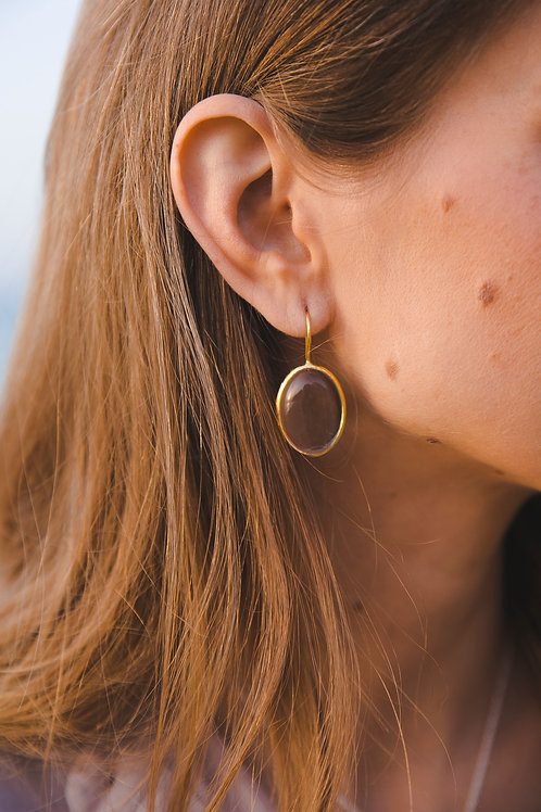 Oval rock crystal earrings // gold-plated