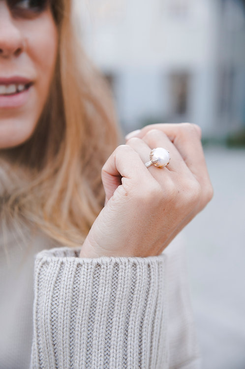 Ring with pearl // silver 925