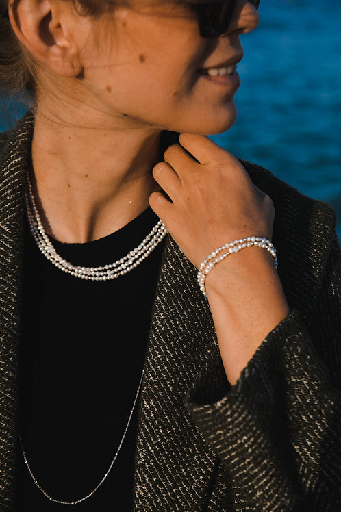 River pearl choker // gold-plated