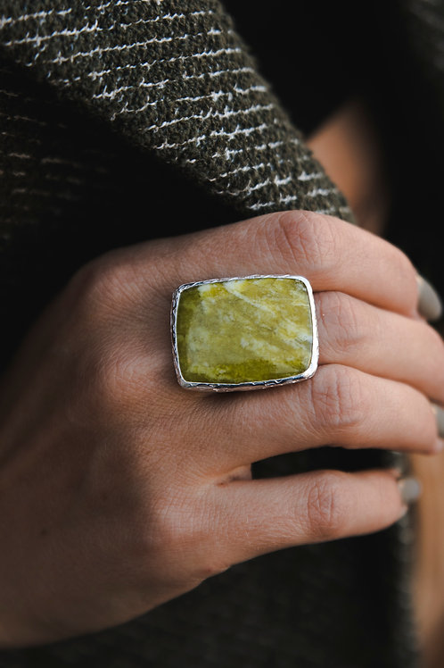Ring with ophite // silver 925