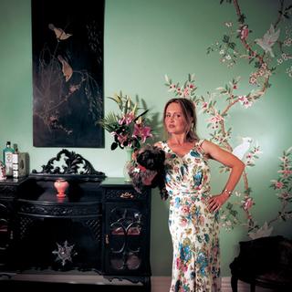 Bridget Saunders, Gossip columnist