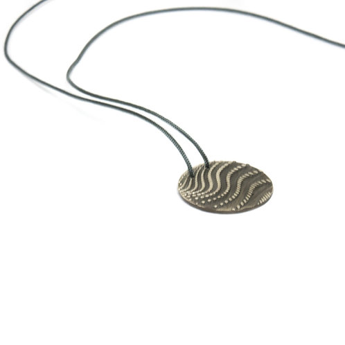 Wave pendant