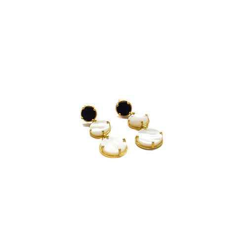 Dangle Earrings with a black agate  & two mother of pearls