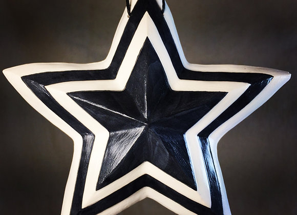 Concentric Star, Black and White