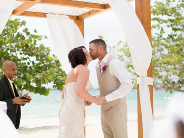 Is A Destination Wedding For You? Part II - Ceremony & Reception