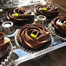 Vegan Mint Chocolate Chip Cupcakes