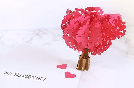 プロポーズや結婚記念日にプレゼントするならオーダーメイドのフォトブック・アルバム【結BOOK】飛び出すハートの木