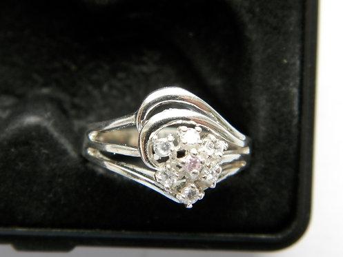 Кольцо серебро 925, р-р 18