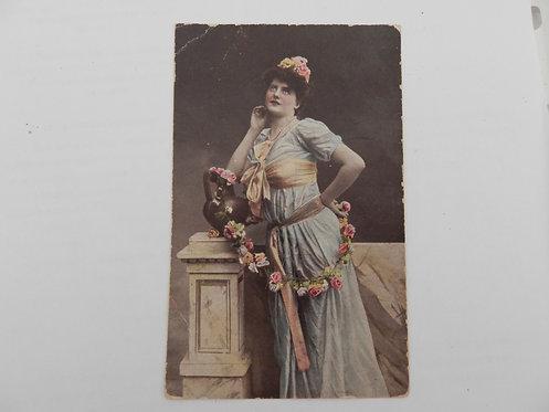 Открытое письмо. дама в голубом платье, до 1917 г.