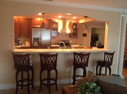 New Kitchen with Archway