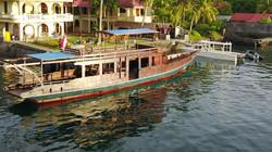 Mira & Speed boat