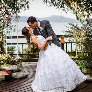 Muito mais lindo com o casal né_ 😍 Eu f