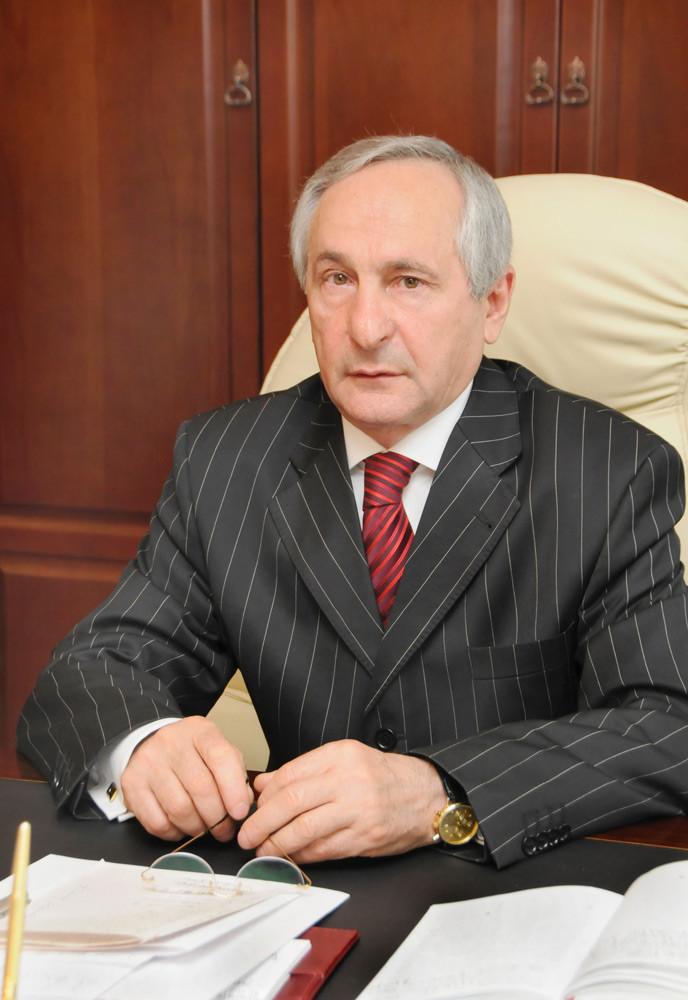 Трахов А.И.  Председатель Верховного суда республики Адыгея