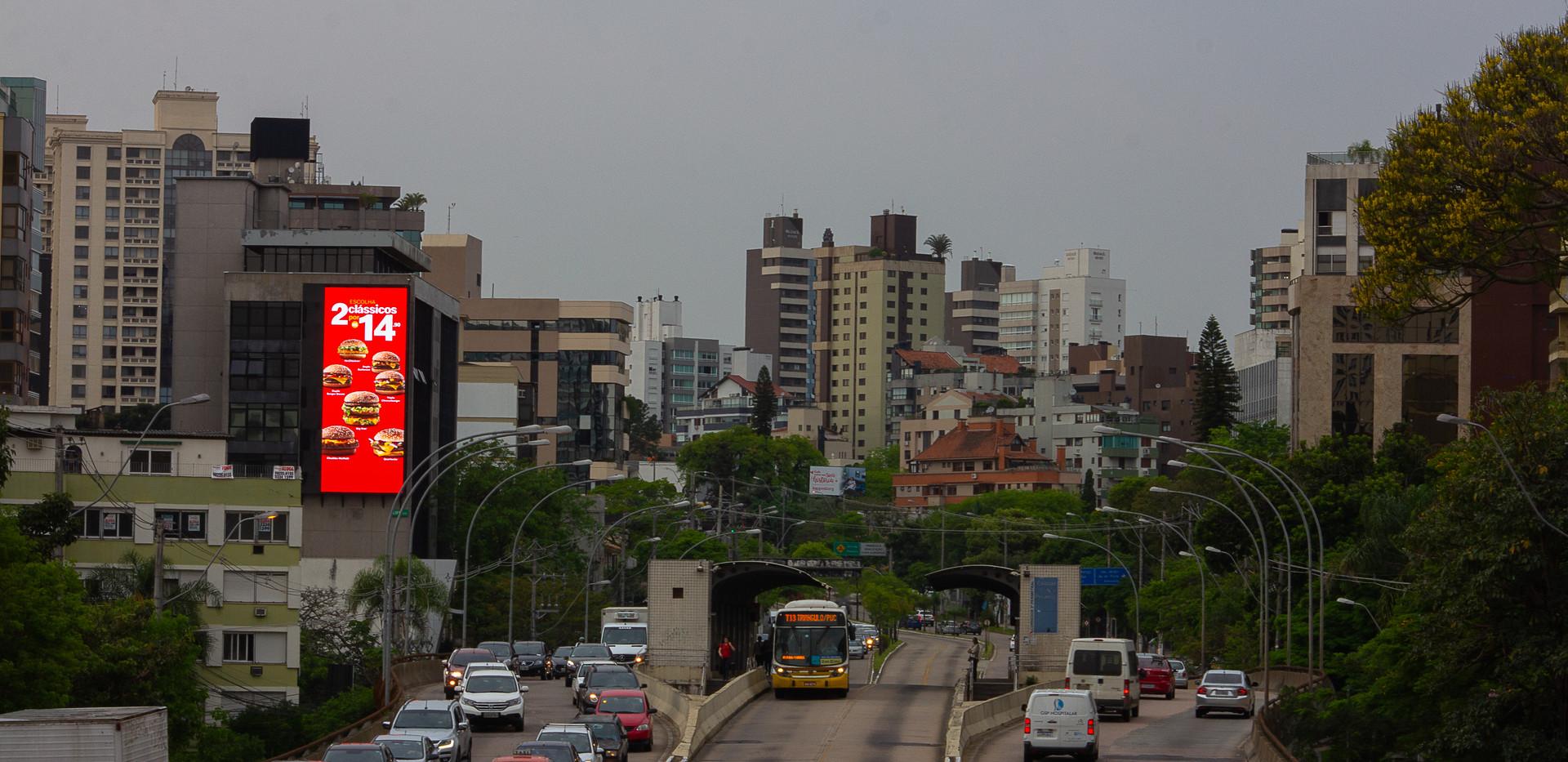 Av. Carlos Gomes, 1000