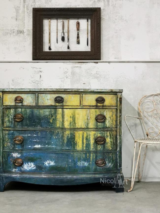 -Waterlillys- künstlerisch gestaltete original Vintage Kommode, handgemaltes Design