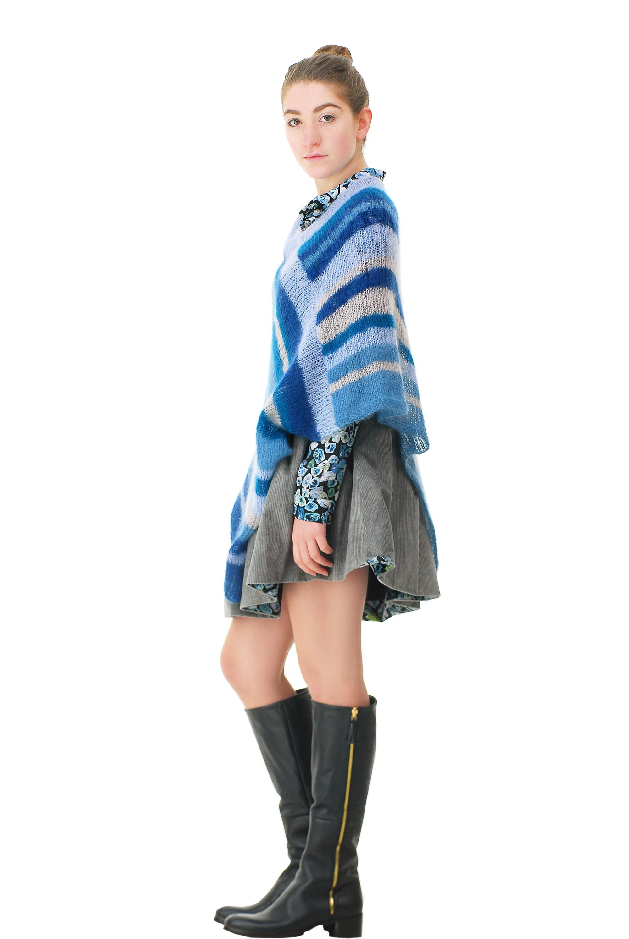 Poncho blau Seite