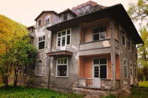 inherited-house-300x199-1-300x199.jpg
