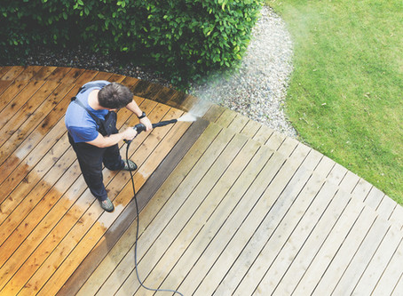 Tips to Pressure Wash Your Deck