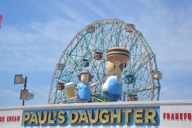 La fille à Paul