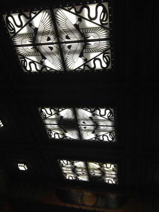 Plafond de la grande salle du Louxor