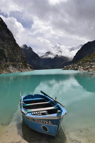 Bateau sur lagune
