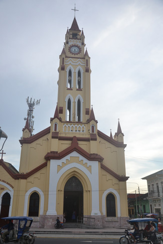 Eglise Iquitos