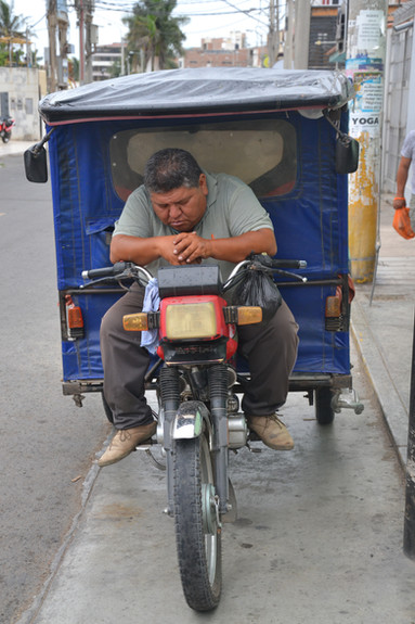 Sieste sur mototaxi