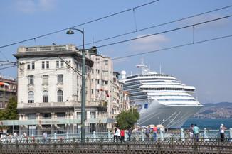 Ferry vs Immeuble