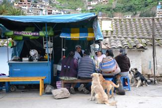 Stand de rue à Paucartambo