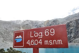 Laguna 69 : 4604 mètres d'altitude