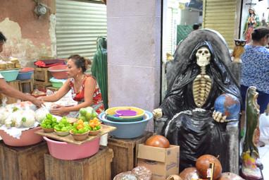 Mort s'invitant au marché