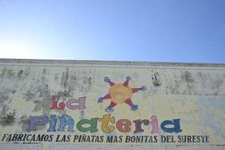 Piñatería