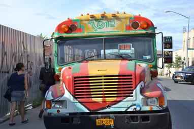 School Bus coloré